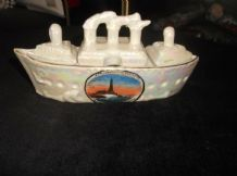 VINTAGE PETROL LUSTRE SOUVENIR ART DECO STEAM SHIP CRUET SET BLACKPOOL ROUGH SEA
